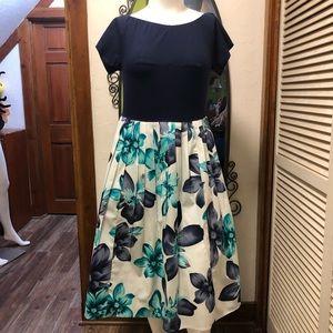 New eShatki large Bloom Dress 16